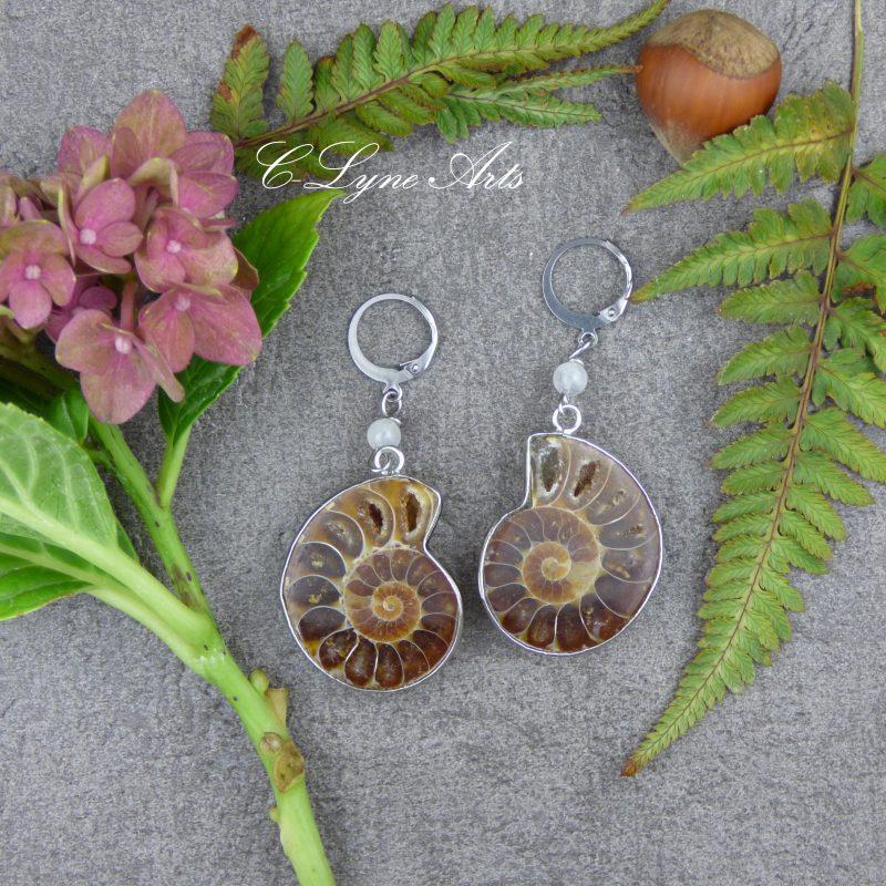 boucles d'oreille pierres naturelles d'ammonites, inspiration nature