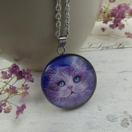 pendentif illustré par la photo d'une peinture de chat