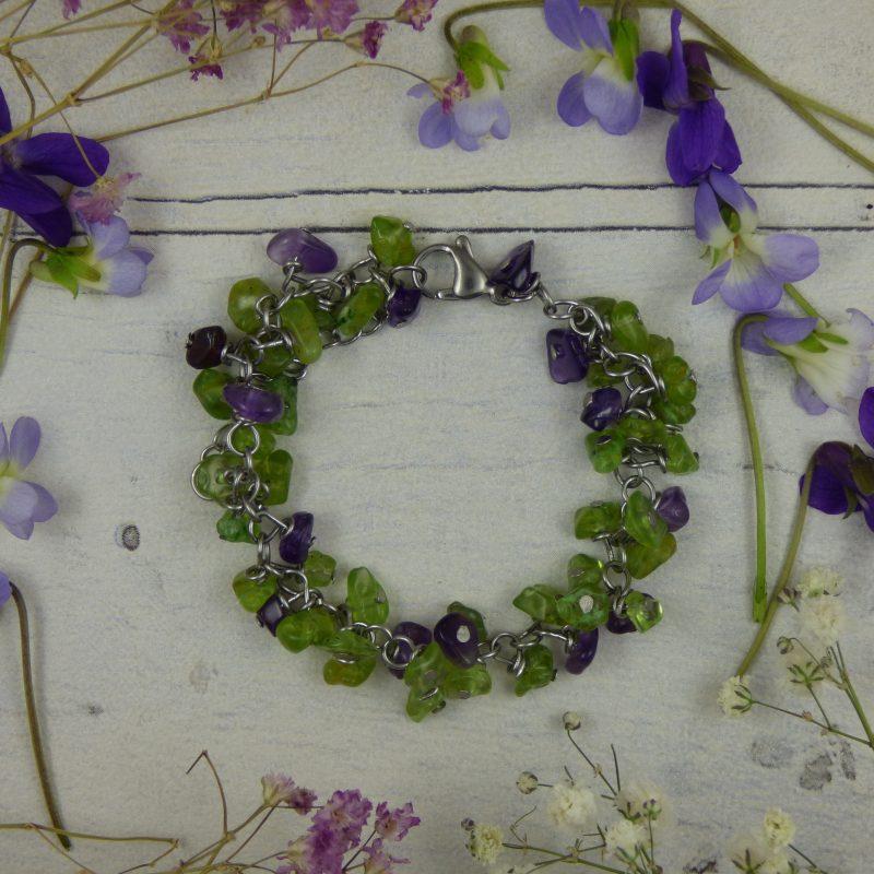 Bracelet en péridot et améthyste, bijou artisanal, pièce unique
