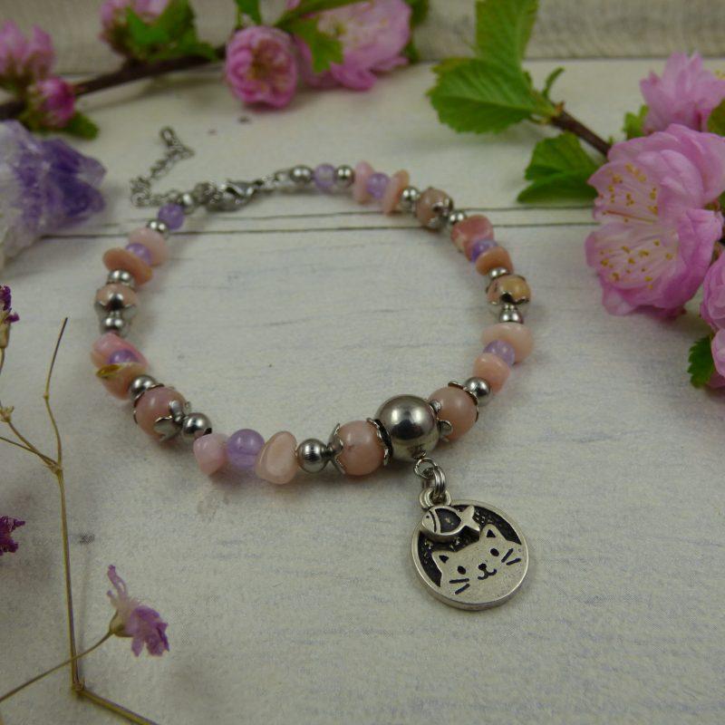 bracelet en Opale rose et améthyste avec un médaillon CHAT en argent 925