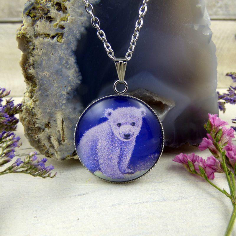 pendentif avec la photo d'un ours polaire