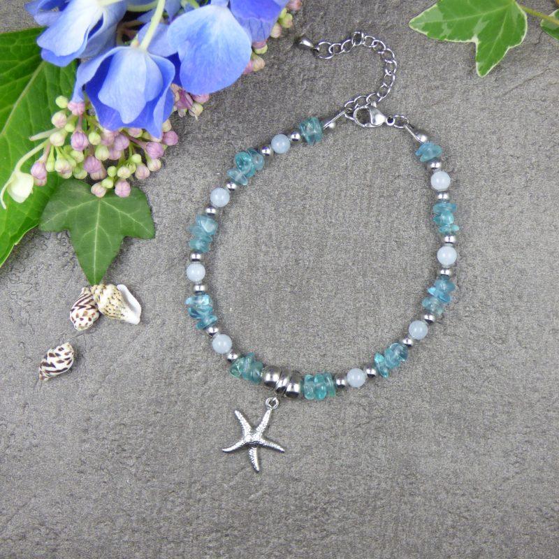 bracelet en pierre d'apatite bleue et etoile de mer