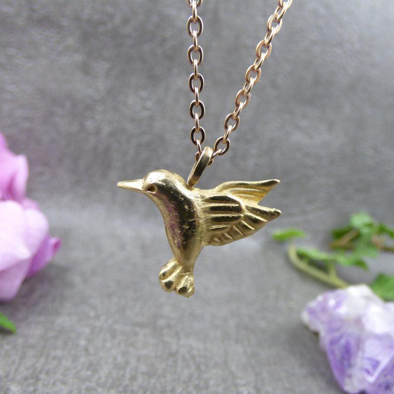 bijou avec un colibri fait main en bronze