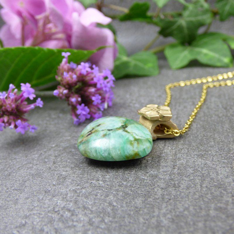 pendentif artisanal en pierre de chrysocolle