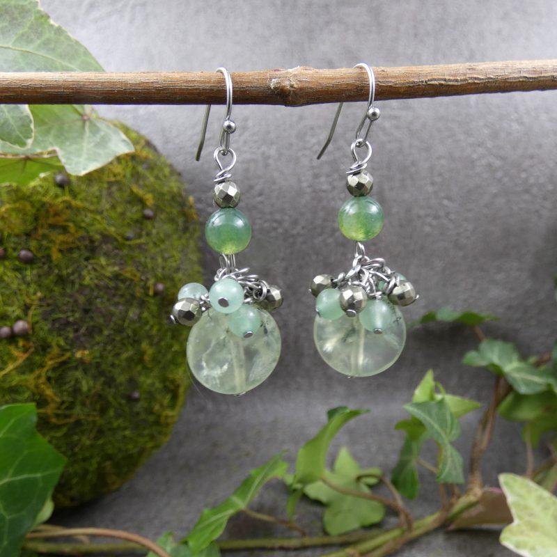 bijou en pierres naturelles avec prehnite et agate mousse