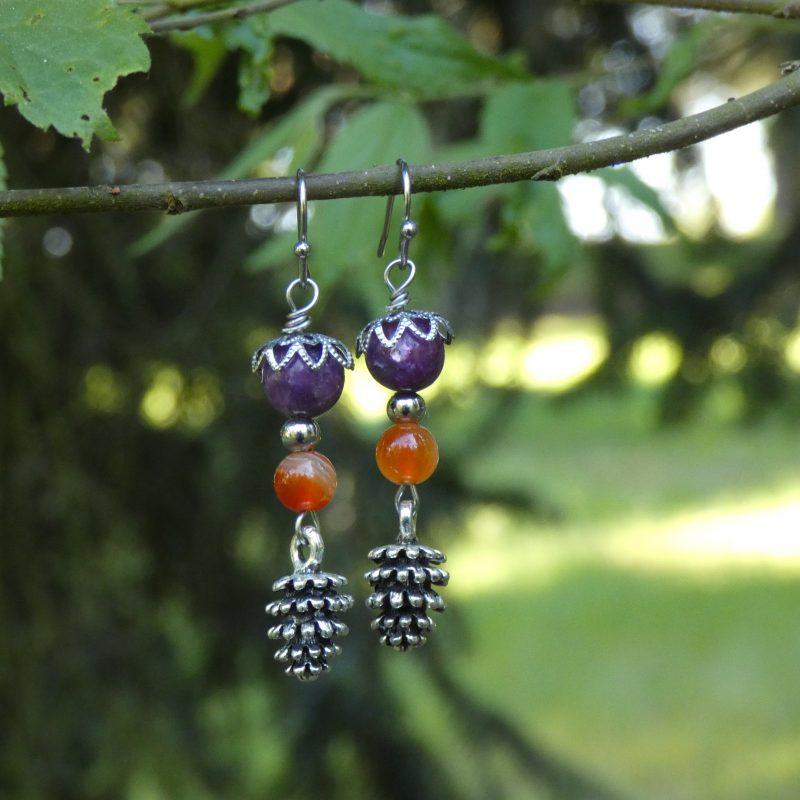 bijou artisanal nature sur branche d'arbre