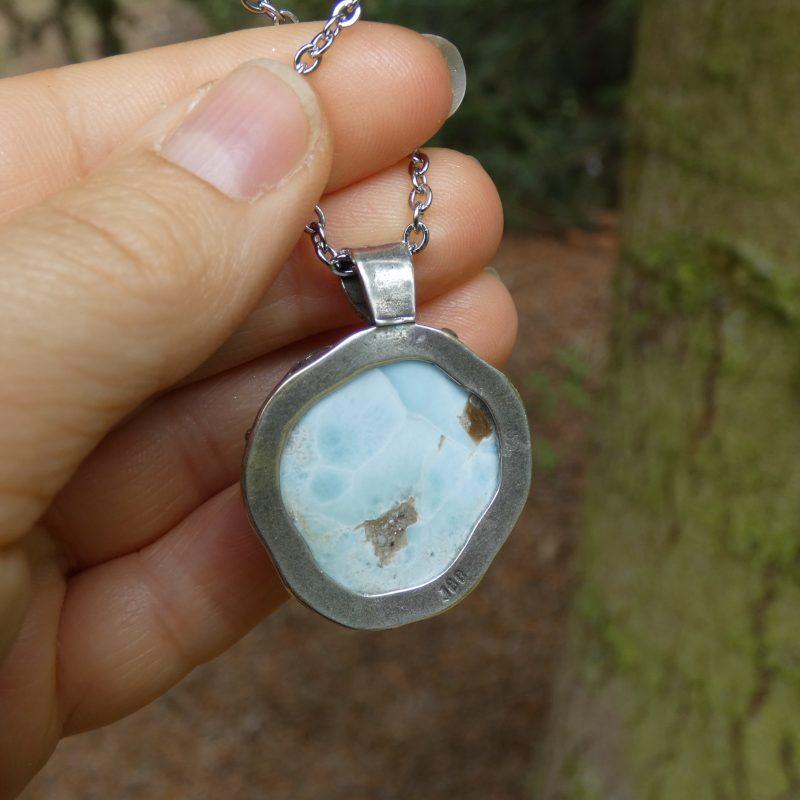 bijou inspiration nature avec une pierre de larimar