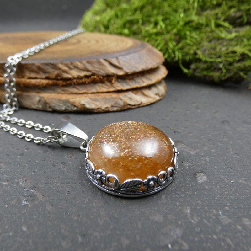 bijou nature avec une pierre de soleil